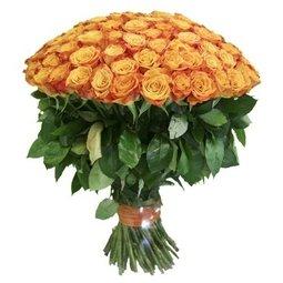 Festiv cu 101 trandafiri portocalii