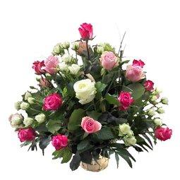 Cos Trio de trandafiri