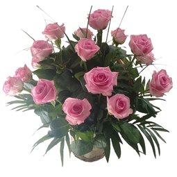 Cos cu trandafiri roz (15)