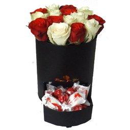 Iubire, trandafiri si ciocolata