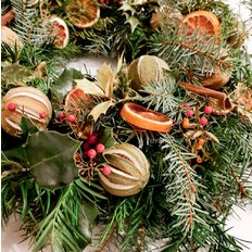 Citrus and Spice Eco-Friendly Christmas Wreath