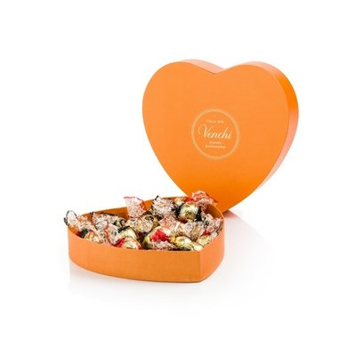 Heart Box Venchi Chocolate 230g