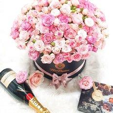 Scatola Rose Rosa e Moet Chandon   Cofanetto Regalo FlorPassion