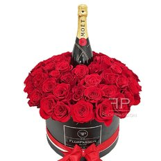 Red Roses and Champagne Box | Milan Local Florist | FlorPassion