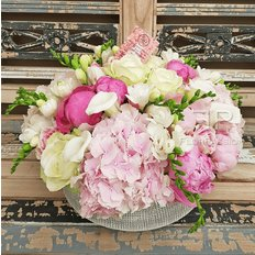 Floral Arrangement | Flowers Delivery Same Day Milan