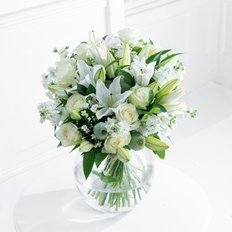 White Flowers Bouquet | Local Florist Same Day Delivery Milan Rome