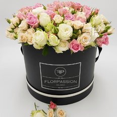Box Rose Consegna Milano | Million Flowers by FlorPassion